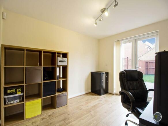 Bedroom4/Office