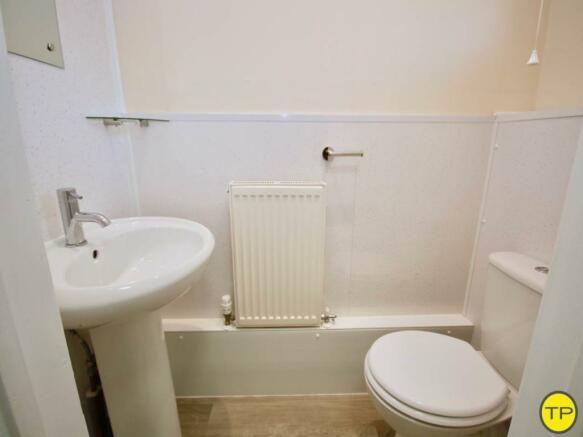 Groud floor WC