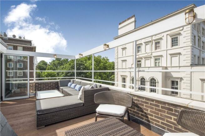 Roof Terrace: W2