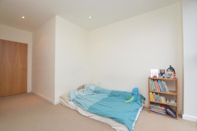 Bedroom 2 (V2)