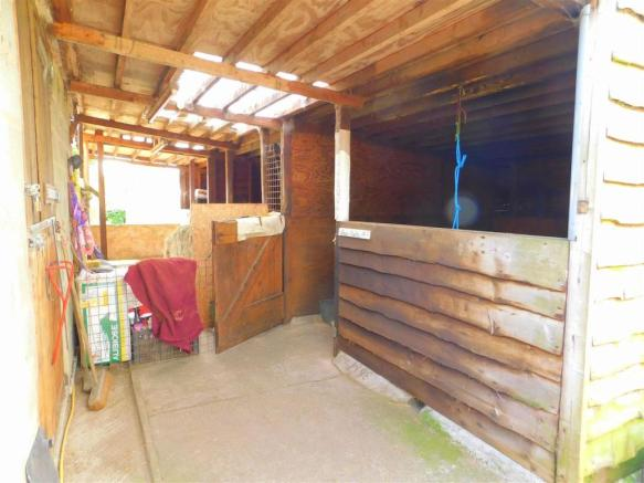 Outbuildings / Stables