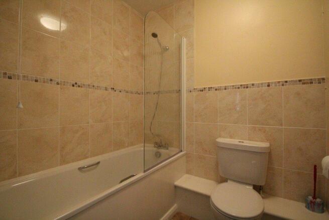 4 Fountain Sq bathro