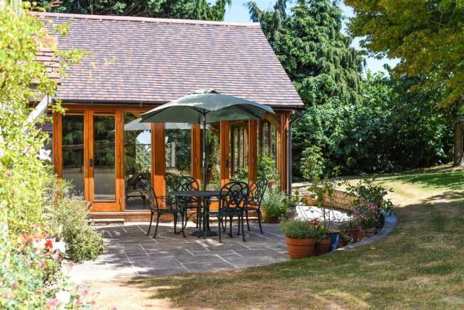 Garden Room & Patio
