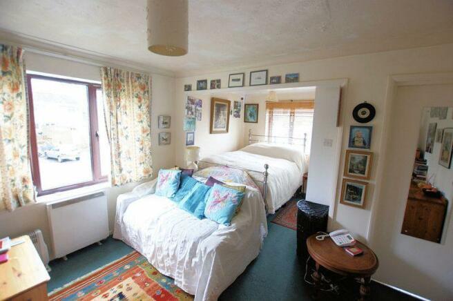 Lounge/Bedroom...