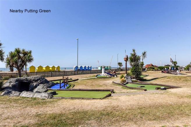 Nearby Putting Green