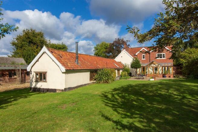 LaburnhamFarmhouse-09.jpg