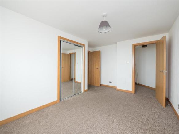 3 flat 14 heron place-10.jpg