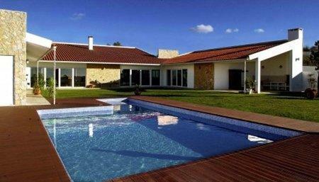Image 1, 3 Bedroomed Villa : AV909