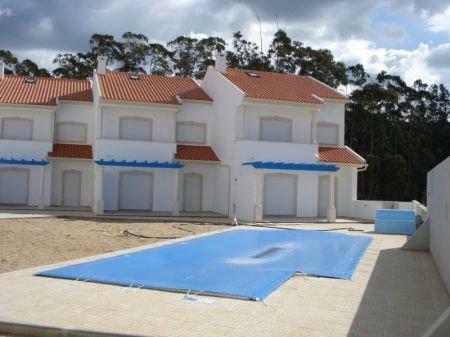 Image 1, 3 Bedroomed Townhouse : AV1133