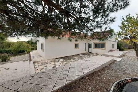 Image 1, 4 Bedroomed Villa : AV1193
