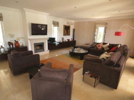 Image 2, 4 Bedroomed Villa : DV349