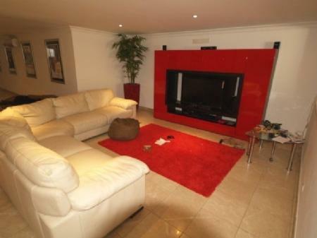 Image 3, 4 Bedroomed Villa : DV349