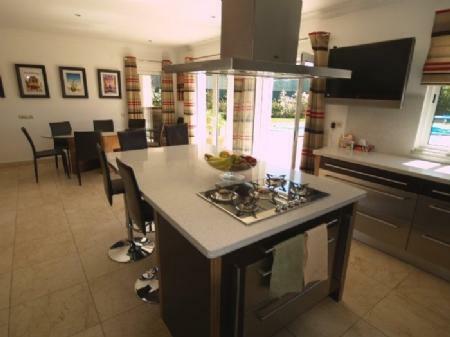 Image 5, 4 Bedroomed Villa : DV349