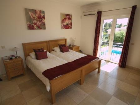 Image 9, 4 Bedroomed Villa : DV349