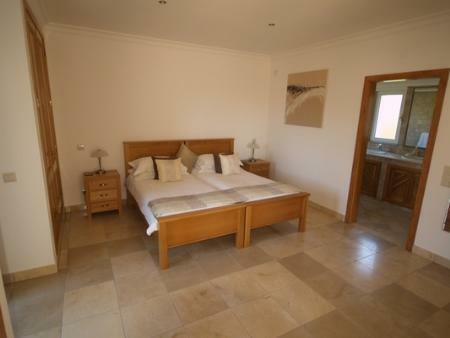 Image 10, 4 Bedroomed Villa : DV349