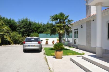 Image 6, 4 Bedroomed Villa : AV1773