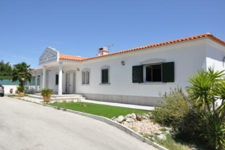 Image 7, 4 Bedroomed Villa : AV1773
