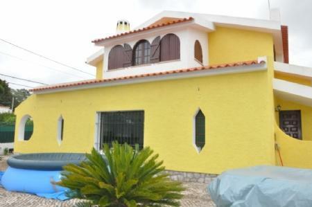 Image 1, 3 Bedroomed Villa : AV1774