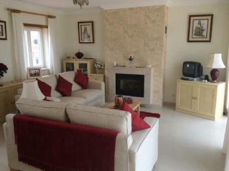 Image 8, 5 Bedroomed Villa : AV1411