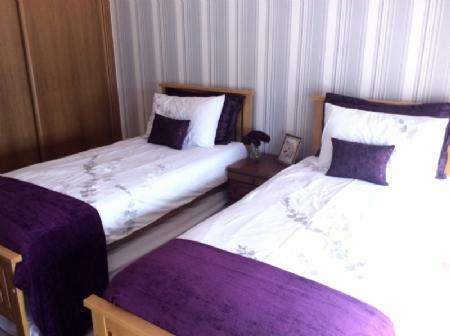 Image 14, 5 Bedroomed Villa : AV1411
