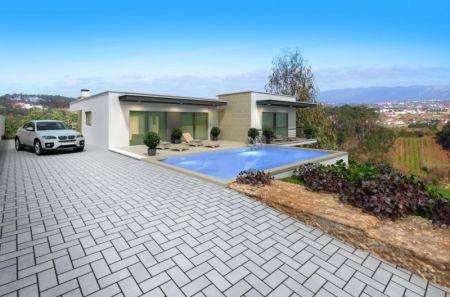 Image 1, 3 Bedroomed Villa : AV1208
