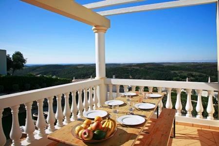 Image 2, 4 Bedroomed Villa : GV480