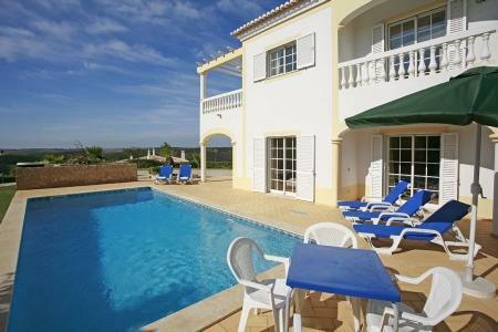 Image 1, 4 Bedroomed Villa : GV480