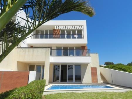 Image 2, 4 Bedroomed Villa : GV442