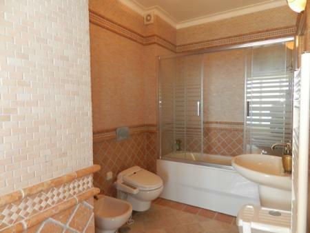 Image 10, 4 Bedroomed Villa : GV442