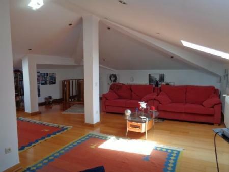 Image 19, 4 Bedroomed Villa : AV1580