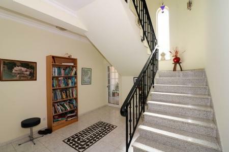 Image 7, 4 Bedroomed Villa : JV101879