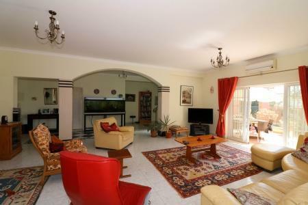 Image 6, 4 Bedroomed Villa : JV101879