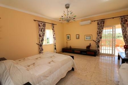 Image 11, 4 Bedroomed Villa : JV101879