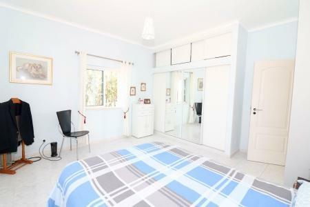 Image 13, 4 Bedroomed Villa : JV101879