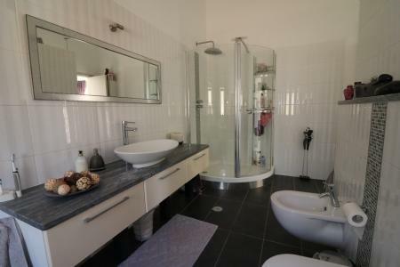 Image 28, 3 Bedroomed Villa : JV10186