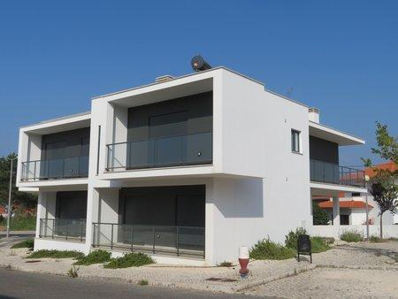 Image 1, 2 Bedroomed Apartment : AA354