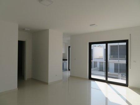 Image 2, 2 Bedroomed Apartment : AA354