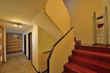 Image 4, 4 Bedroomed Villa : AVP25