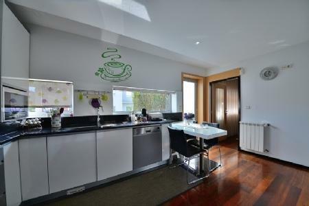 Image 6, 4 Bedroomed Villa : AVP25