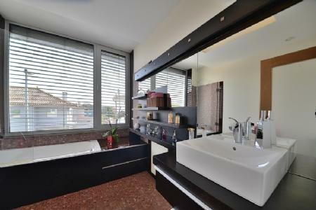 Image 17, 4 Bedroomed Villa : AVP25