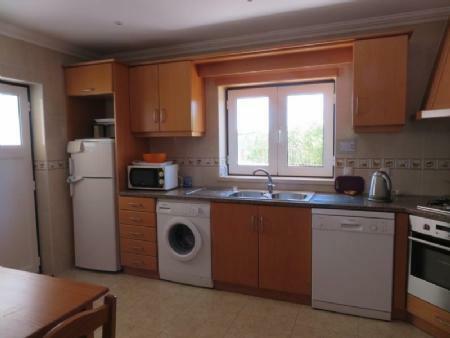 Image 5, 4 Bedroomed Villa : AV1884