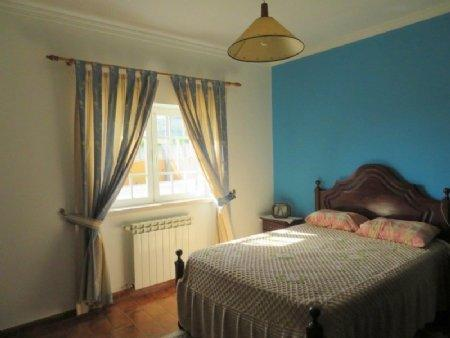 Image 9, 3 Bedroomed House : AV1889