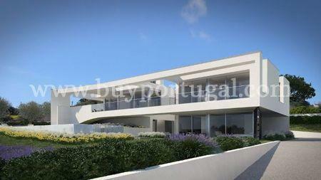 Image 2, 4 Bedroomed Villa : GV200