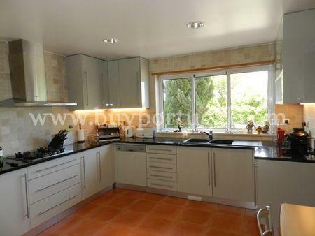 Image 4, 6 Bedroomed Villa : GV532