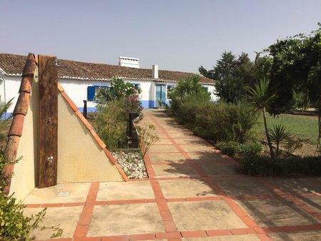 Image 11, 10 Bedroomed Villa : AVI332