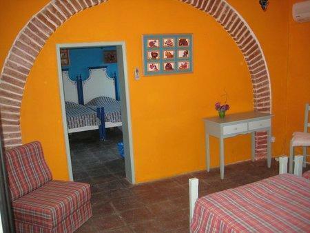 Image 15, 10 Bedroomed Villa : AVI332