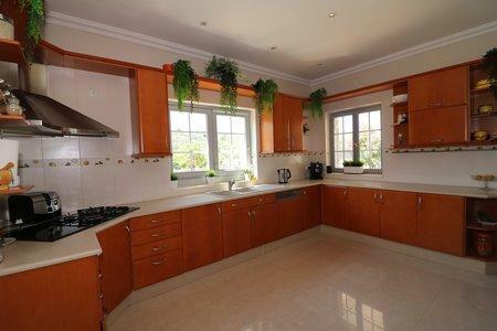 Image 8, 3 Bedroomed Villa : JV10369