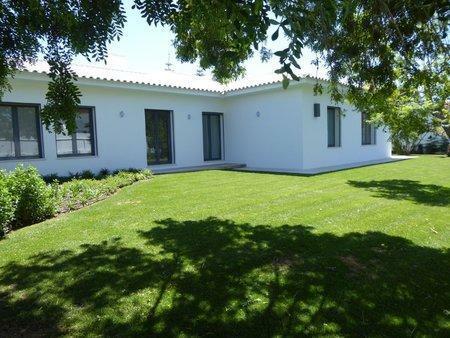 Image 2, 5 Bedroomed Villa : AVM183