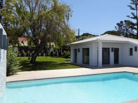 Image 3, 5 Bedroomed Villa : AVM183