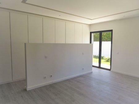Image 7, 5 Bedroomed Villa : AVM183